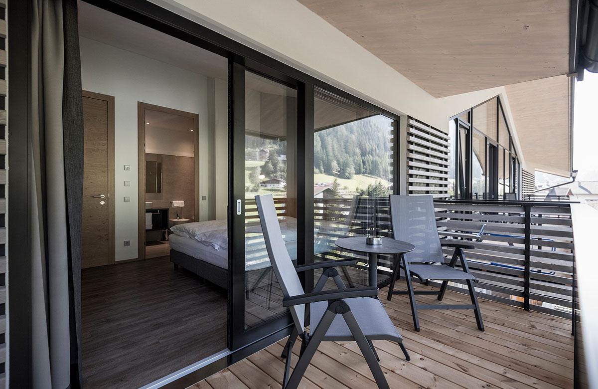 zimmer mit fr hst ck in s dtirol urlaubsunterkunft f r 2. Black Bedroom Furniture Sets. Home Design Ideas